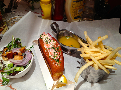 lobster roll - de comer de joelhos!