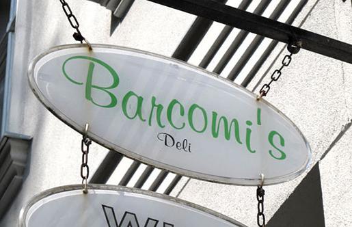 Plaquinha do Barcomi's