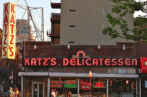 O famoso Katz Deli no bairro Lower East Side em Nova Iorque (Fonte: Ephemeral New York)