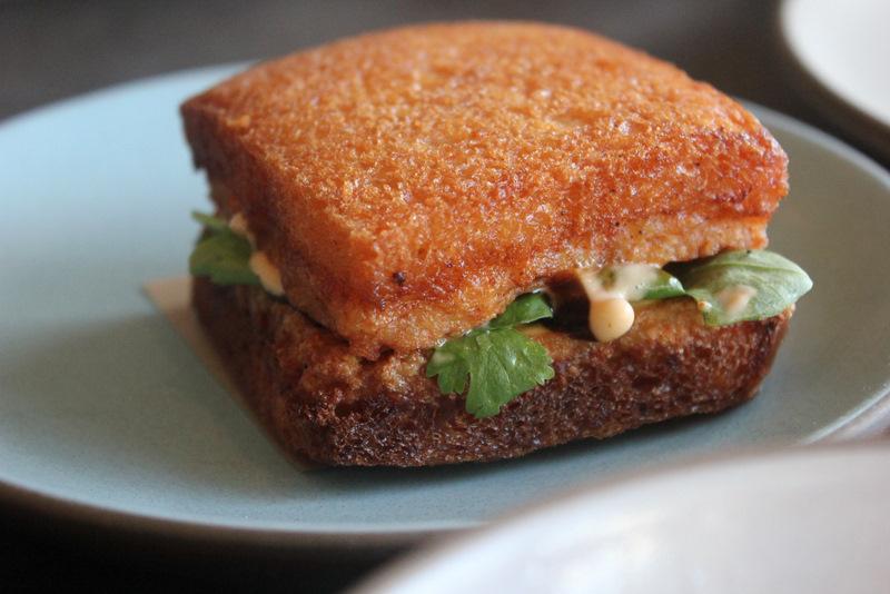 Shrimp Toast...acho que fica pra próxima, né? (Fonte: Apples and Onions)