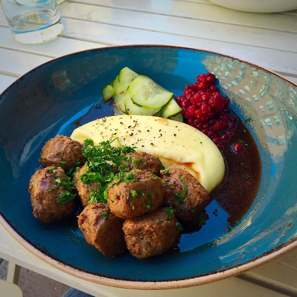 Um dos pratos de meatballs que pode se pedir lá (foto tirada por uma amiga)