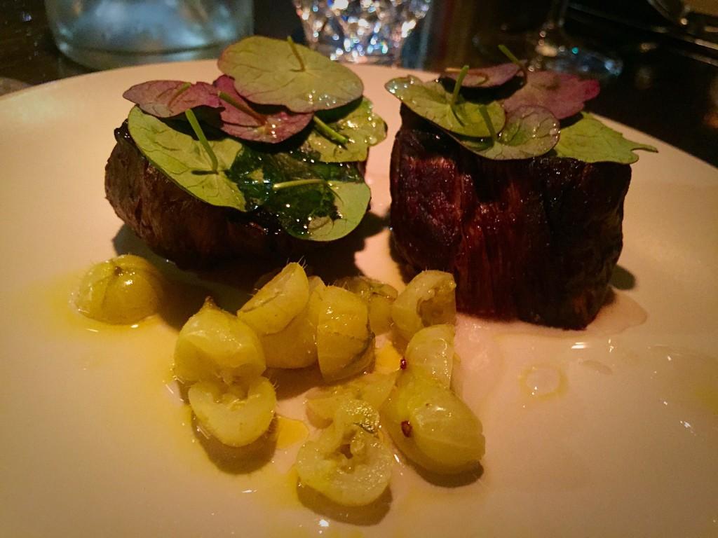 Charred beef tenderloin with nasturtium (195 DKK)