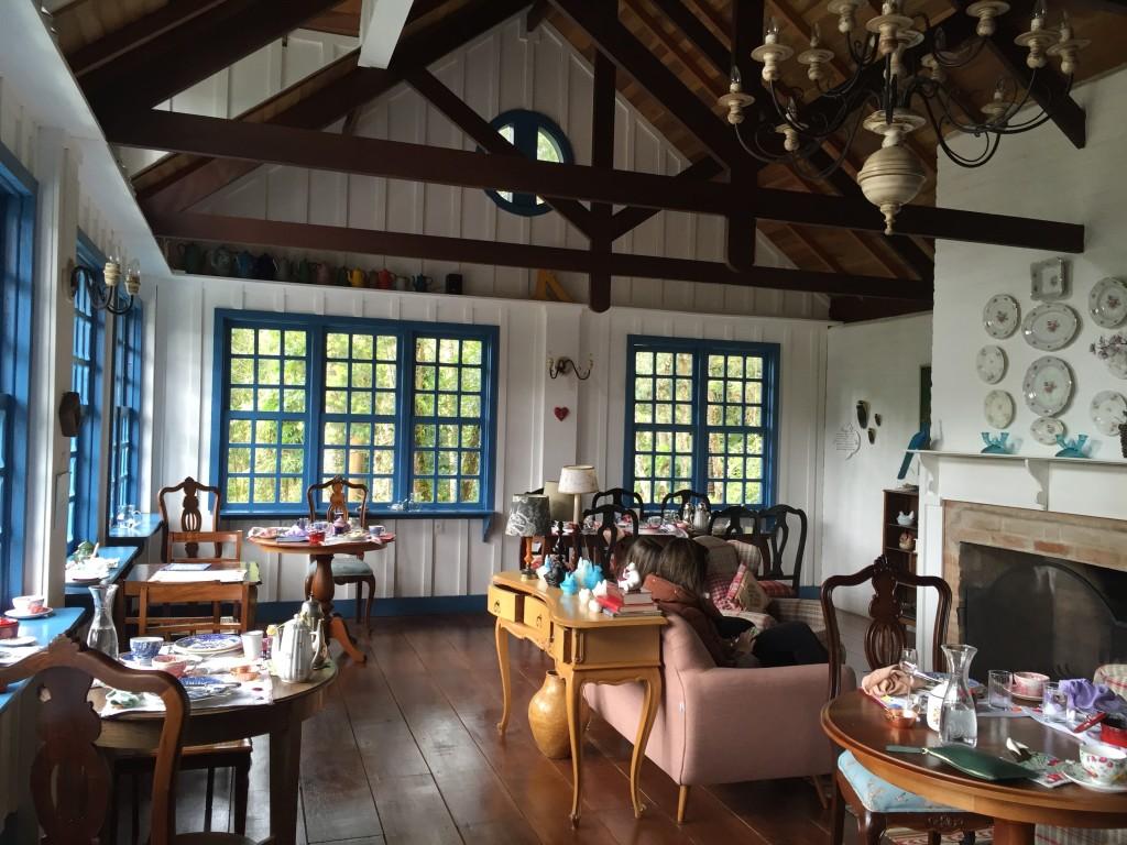Sala principal, onde o café da manhã é servido